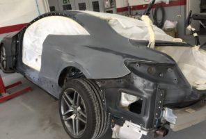Preparazione alla verniciatura Mercedes Classe S